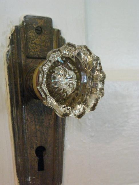 An OLD doorknob found on an old Oklahoma door!