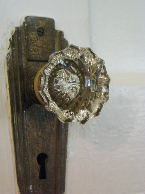 An OLD doorknob found on an old Oklahoma door!