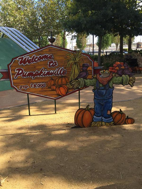 pumkinvilleokc welcome sign